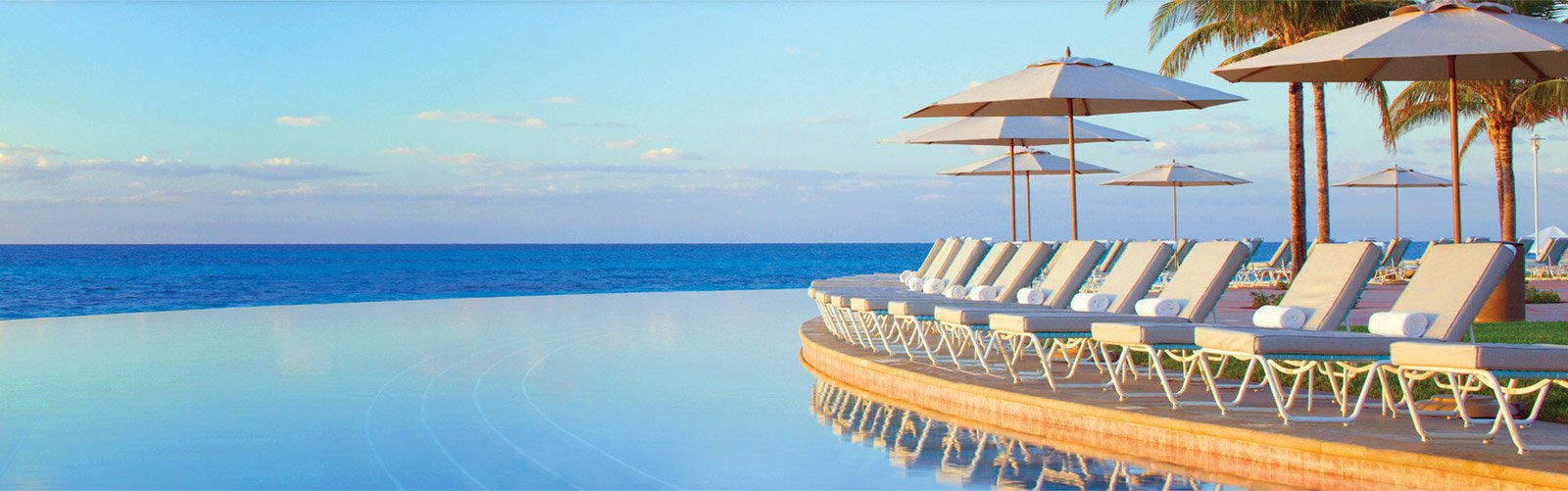 View of the ocean from an infinity pool