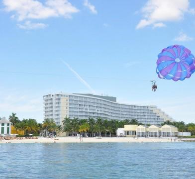ocean motion parasail